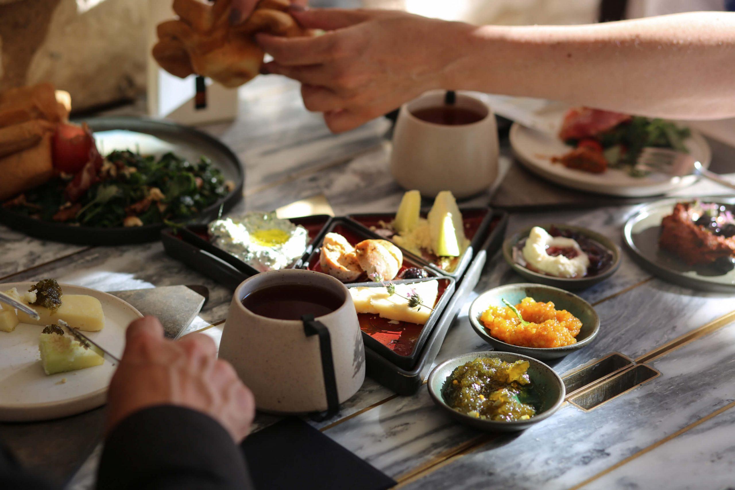 Hiç Zeytin Ormanı'ndan Urla'nın Kahvaltı Sofrasına